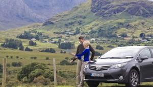 driving-in-ireland_car